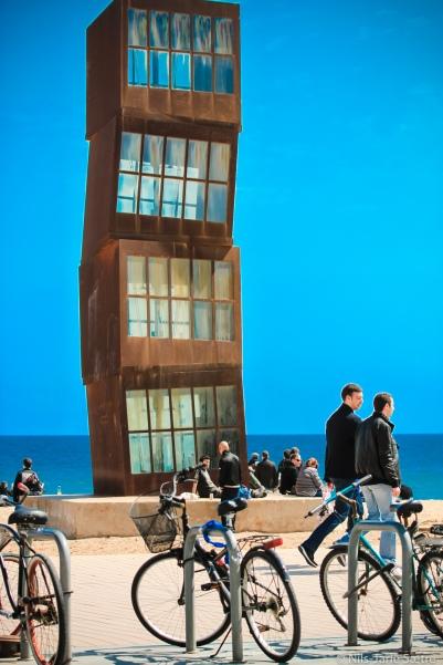Bygning plassert på San Sebastian-stranden.