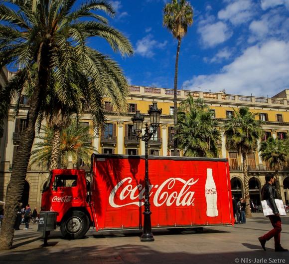 Coca-Cola er overalt, også på Place Reial.