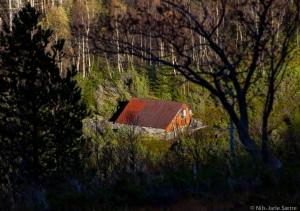 Ei hytte på nordsiden av dalen i Barstadvik.
