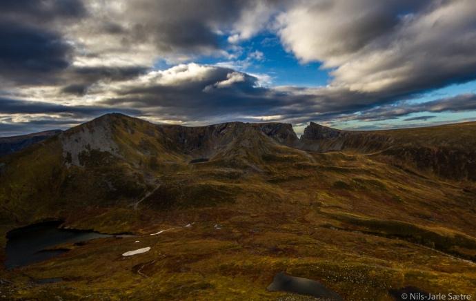 Utsikt mot Masdalkloven i vest.