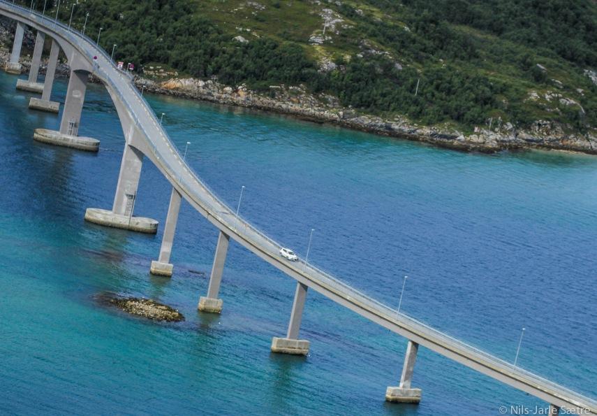 Broen over til Sommerøya.