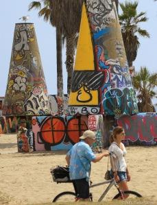 Det er fritt frem for grafitti.