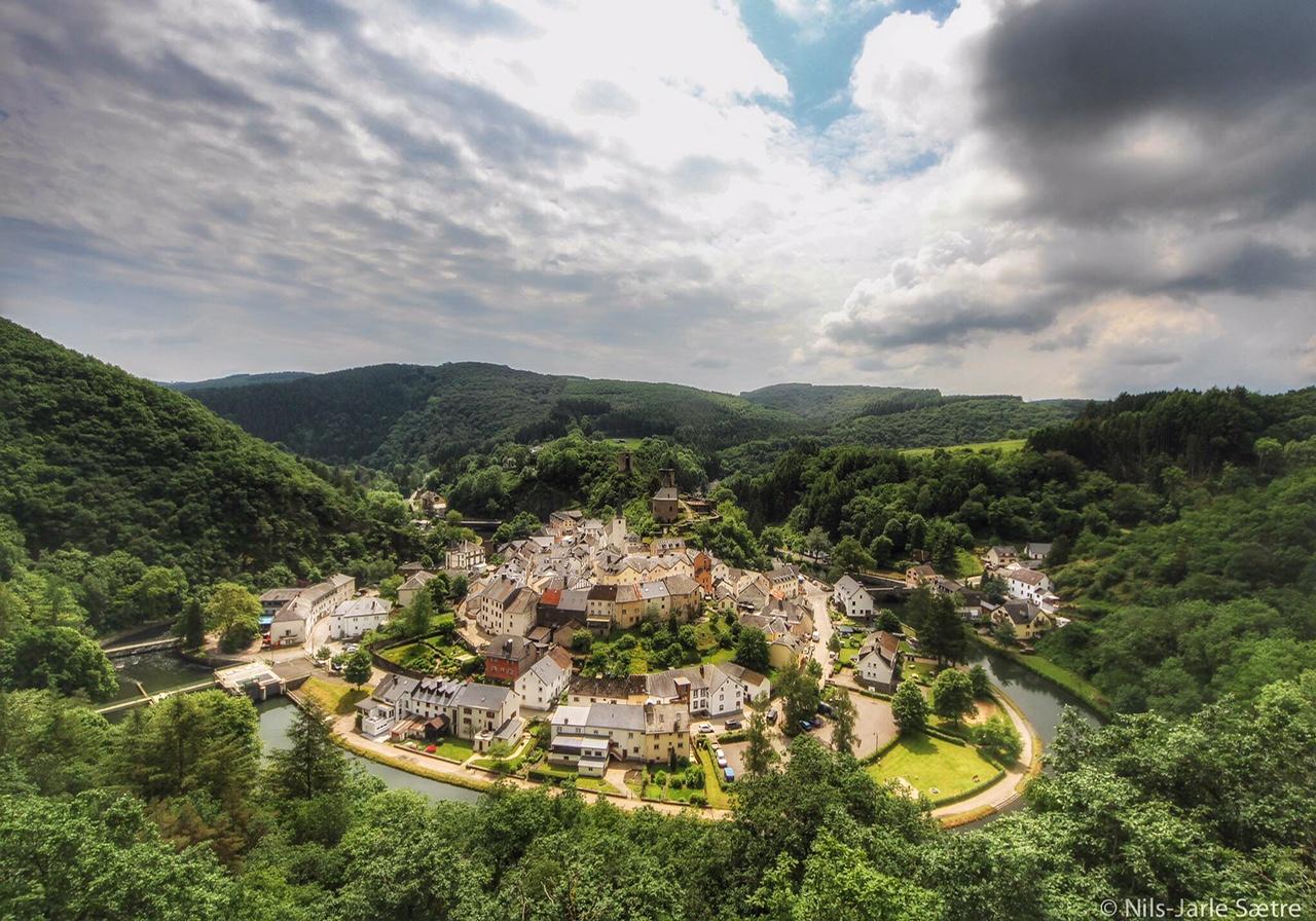 Landsbyen i svingen